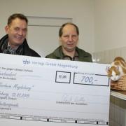 Da war die Freude groß: ehs-Vertriebsleiter Ingo Schwan (r.) übergab Tierheimleiter Andreas Reichardt den Spendenscheck über 700 Euro.